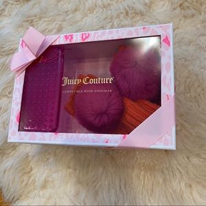 NWT juicy couture glove & phone case set